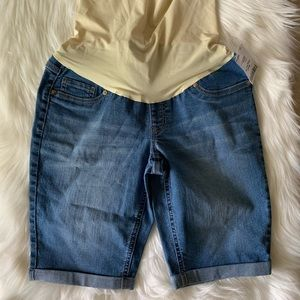 Pants - Blue jean shorts maternity NWT